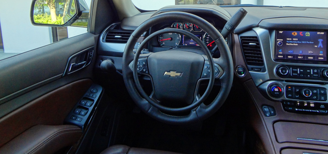 Chevrolet Tahoe with digital hand controls Darios for driver with disability